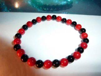 Bracelet corail rouge,tourmaline noire perles rondes 6 mm