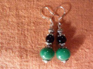 Boucles d'oreilles jade vert tourmaline noire