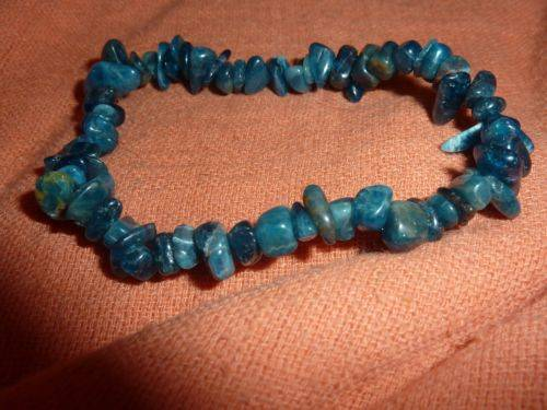 Bracelet cyanite disthene perles multiformes 6-10mm
