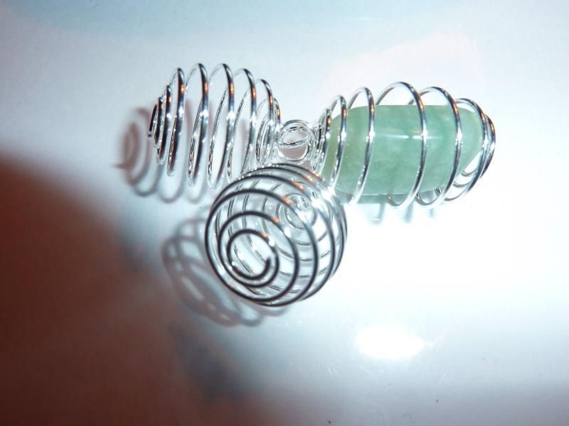 Lot de 3 spirales cages pour minéraux pierres naturelles 1.2 cm X 1.3 cm extensible jusqu'à 2.5 cm