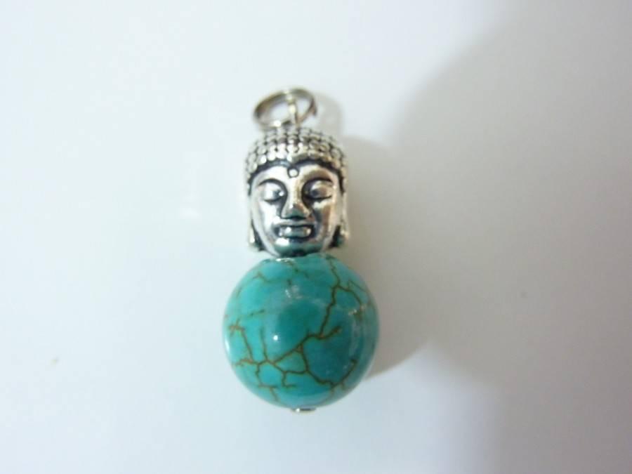 Pendentif Bouddha turquoise perles 12mm longueur 2,9 cm