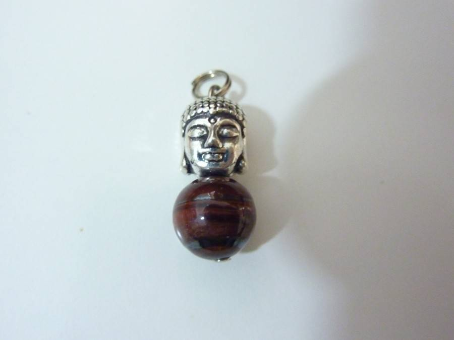 Pendentif protection Bouddha Oeil de taureau perles 10 mm longueur 2,7 cm