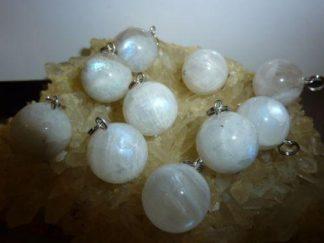 Pendentif pierre de lune perles rondes 16mm a l'unité