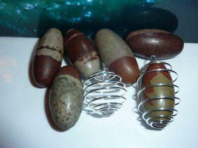 Pendentif Shiva lingam + spirale cage vendu a l'unité
