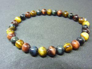 Bracelet Oeil de tigre,oeil de Faucon, oeil de Taureau perles 6 mm