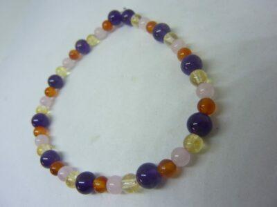 Bracelet Amethyste-cornaline-citrine-quartz rose joie tendresse intuition
