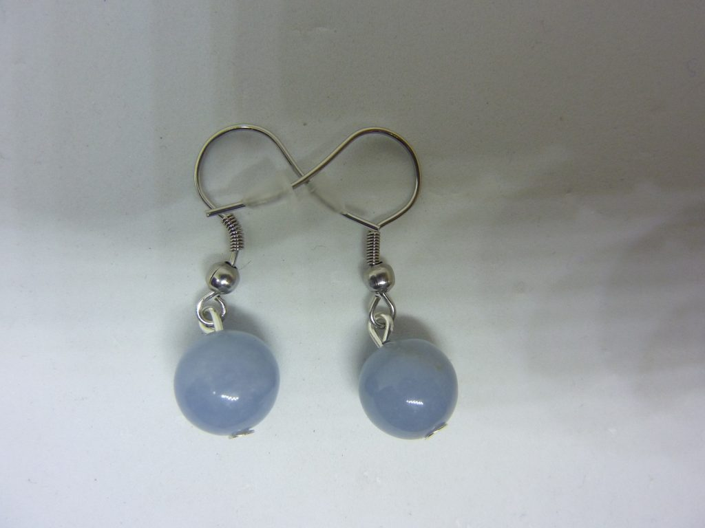 OUCLES D'OREILLES ANGELITE (anhydrite) PERLES 10 MM