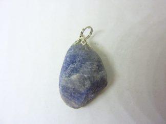 Pendentif Saphir brut 16,3 gr ref 9945