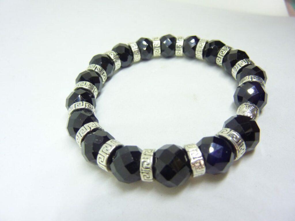 Bracelet spinelle noir qualité AA perles 10 mm à facettes