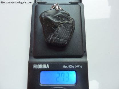 PENDENTIF PROTECTION SPINELLE NOIRE 27,3 gr rare! ref 9788