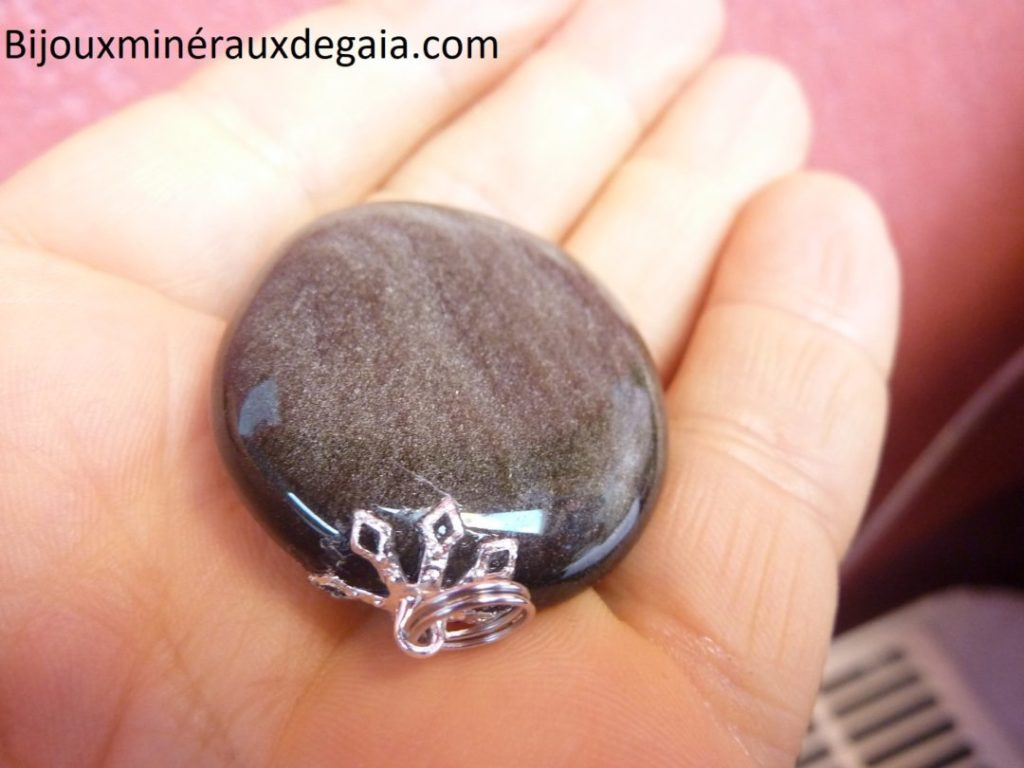 Pendentif obsidienne dorée poids 20 gr ref 3973