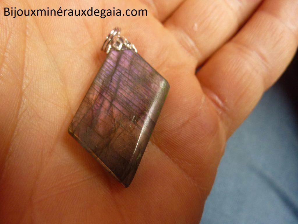 Pendentif Labradorite orange-violette Rare ! Poids 7,5 gr ref 8197