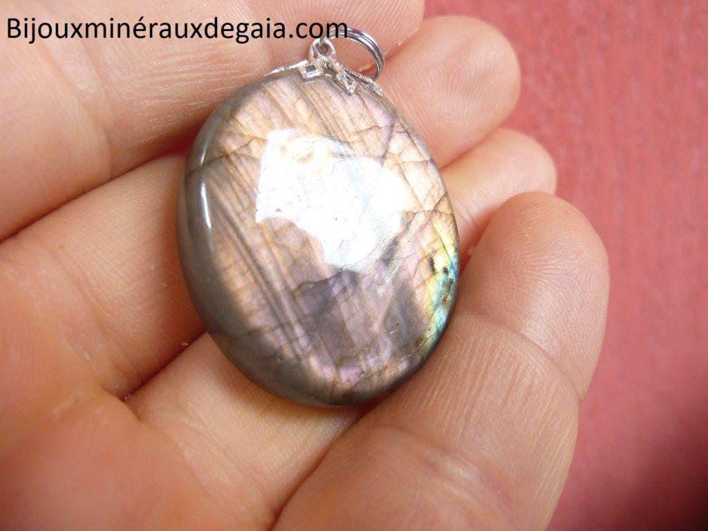 Pendentif Labradorite orange-violette Rare ! Poids 15,6 gr ref 8614