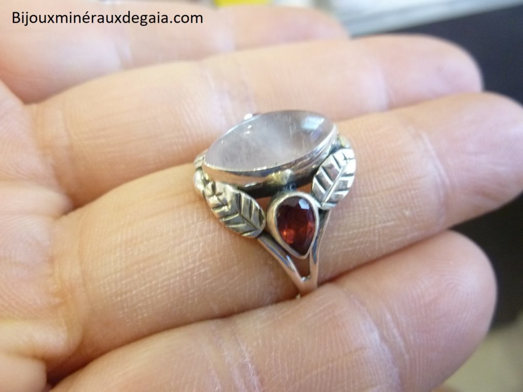 Bague quartz rose-grenat monture argent 925 taille 58 3/4 ref 5486