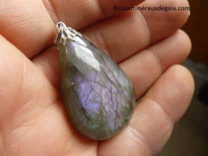 Pendentif Labradorite violet Rare ! Poids 13.6 gr ref 5571